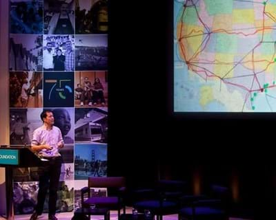 Rosten Woo on Collaborative Mapping. 2012. This image is not available under 4.0 Creative Commons license.