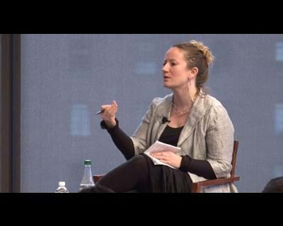 Social media scholar Dana Boyd discusses social technologies. This image is unavailable under the 4.0 Creative Commons license.