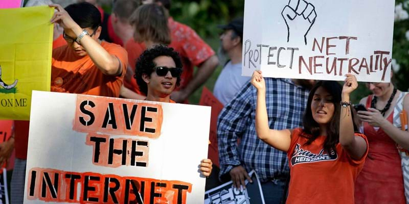 Pro-net neutrality Internet activists rally. Los Angeles, California. 2014. Photo credit: REUTERS/Newscom